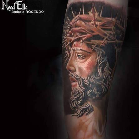 jesus tattoo realistic 3d barbara rosendo? barbara rosendo, tatouage, realiste, realistic, tattoo, 3d, lille, paris, la bête humaine, need elle, religious
