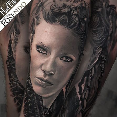 lagertha, portrait, grey, black, barbara rosendo, tatouage, realiste, realistic, tattoo, 3d, lille, paris, la bête humaine, need elle
